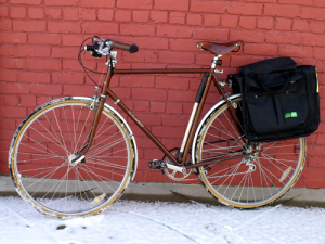 raliegh-sprite-with-two-wheel-gear-panniers
