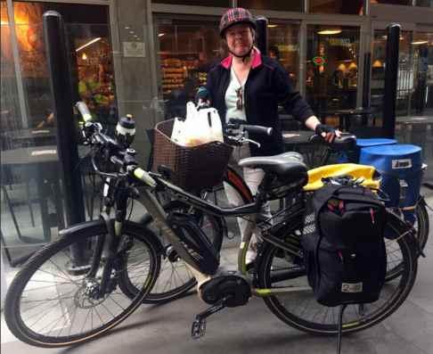 Mrs. Average Joe Cyclist