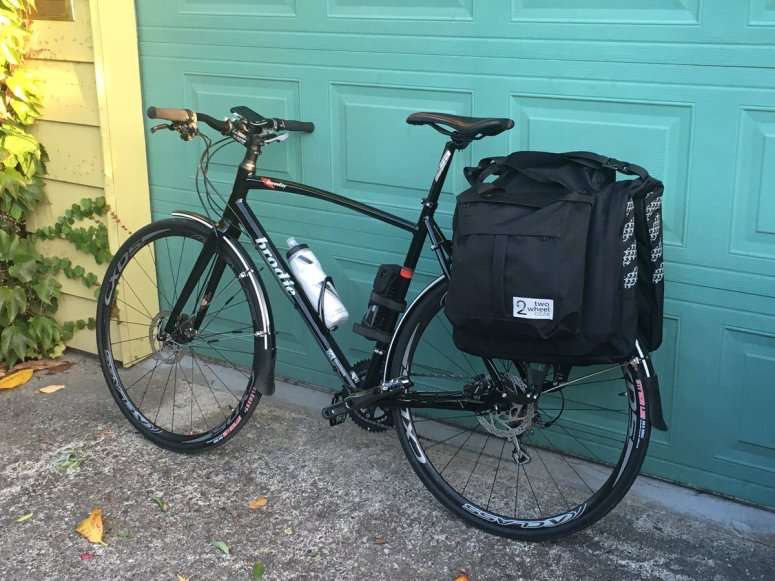 jad-vgh-bike-with-bag-packed