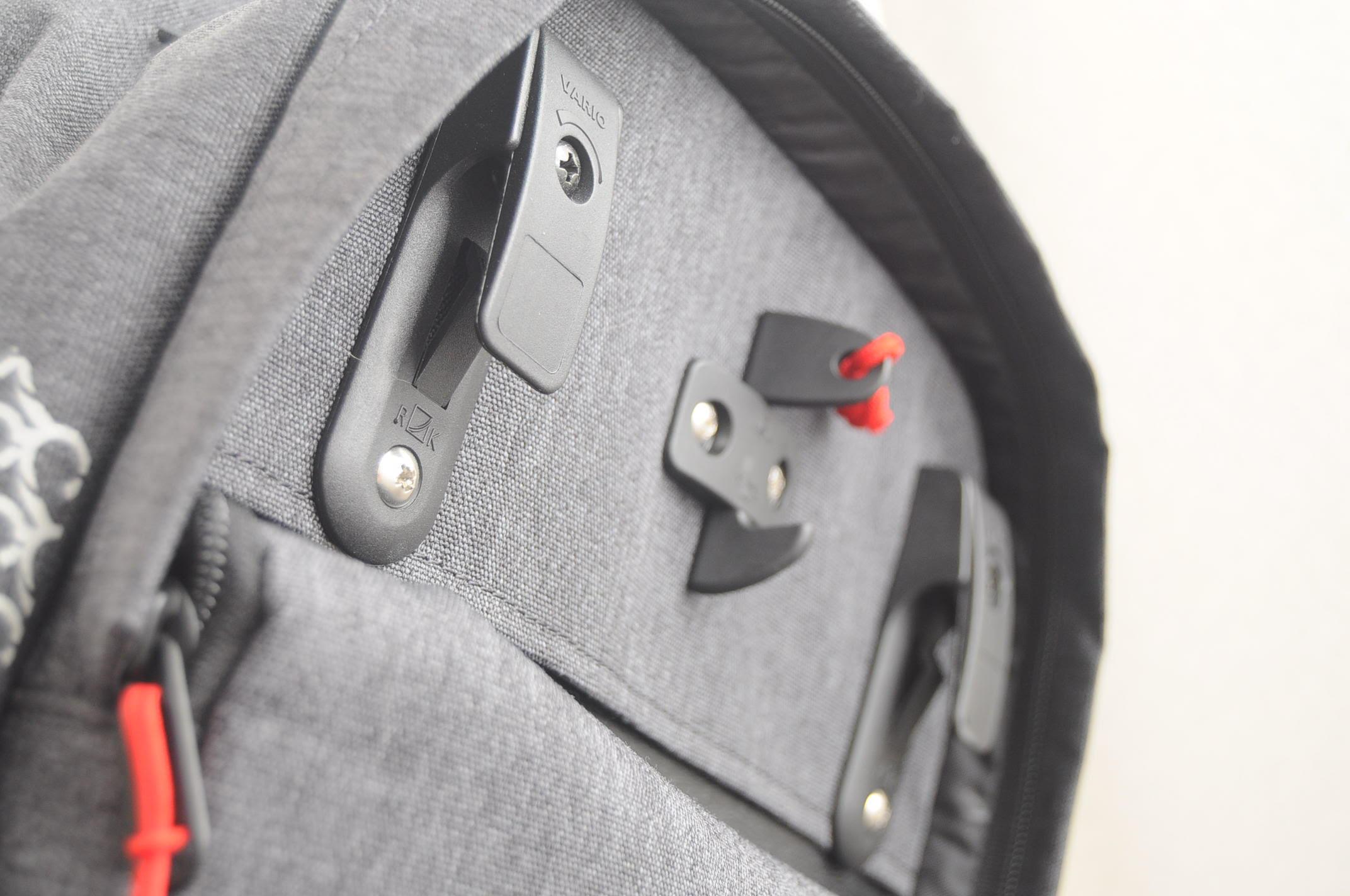 Pannier Backpack Vario Hooks.jpg