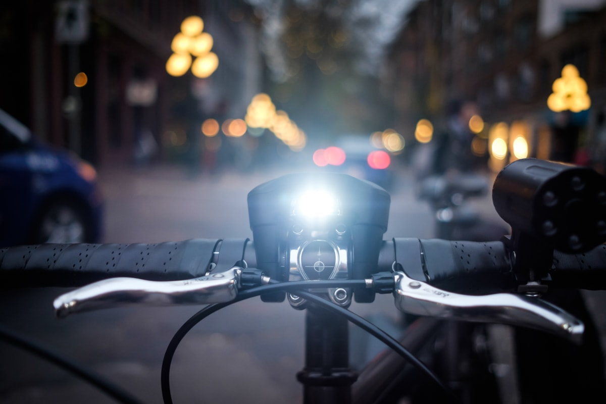 SmartHalo Lights On Two Wheel Gear