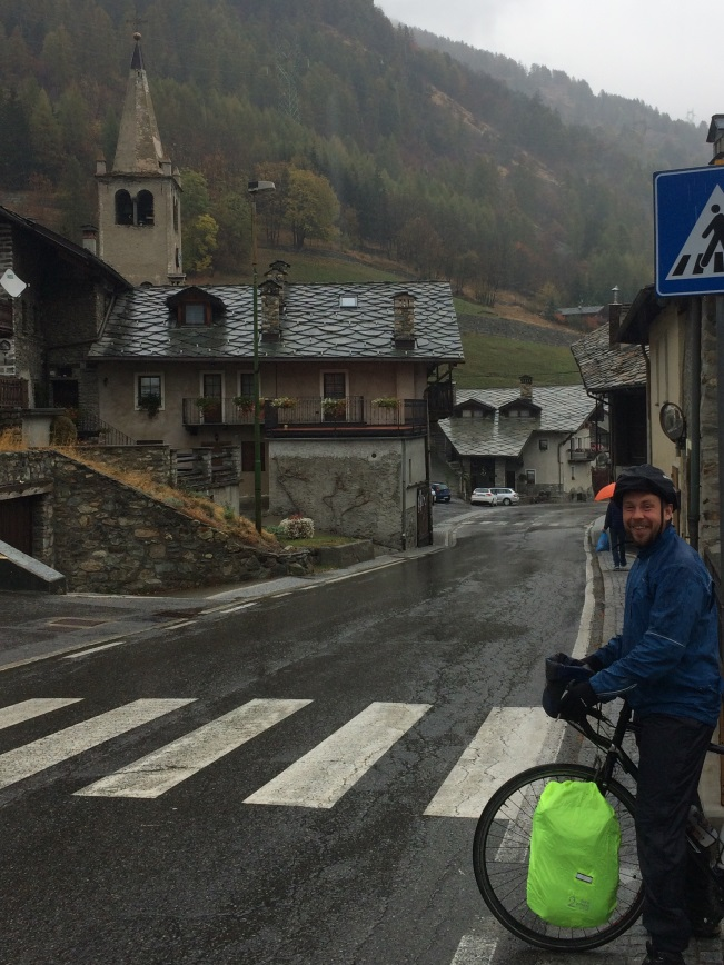 Two Wheel Gear - Bike Commuting through Italy - Rain Gear