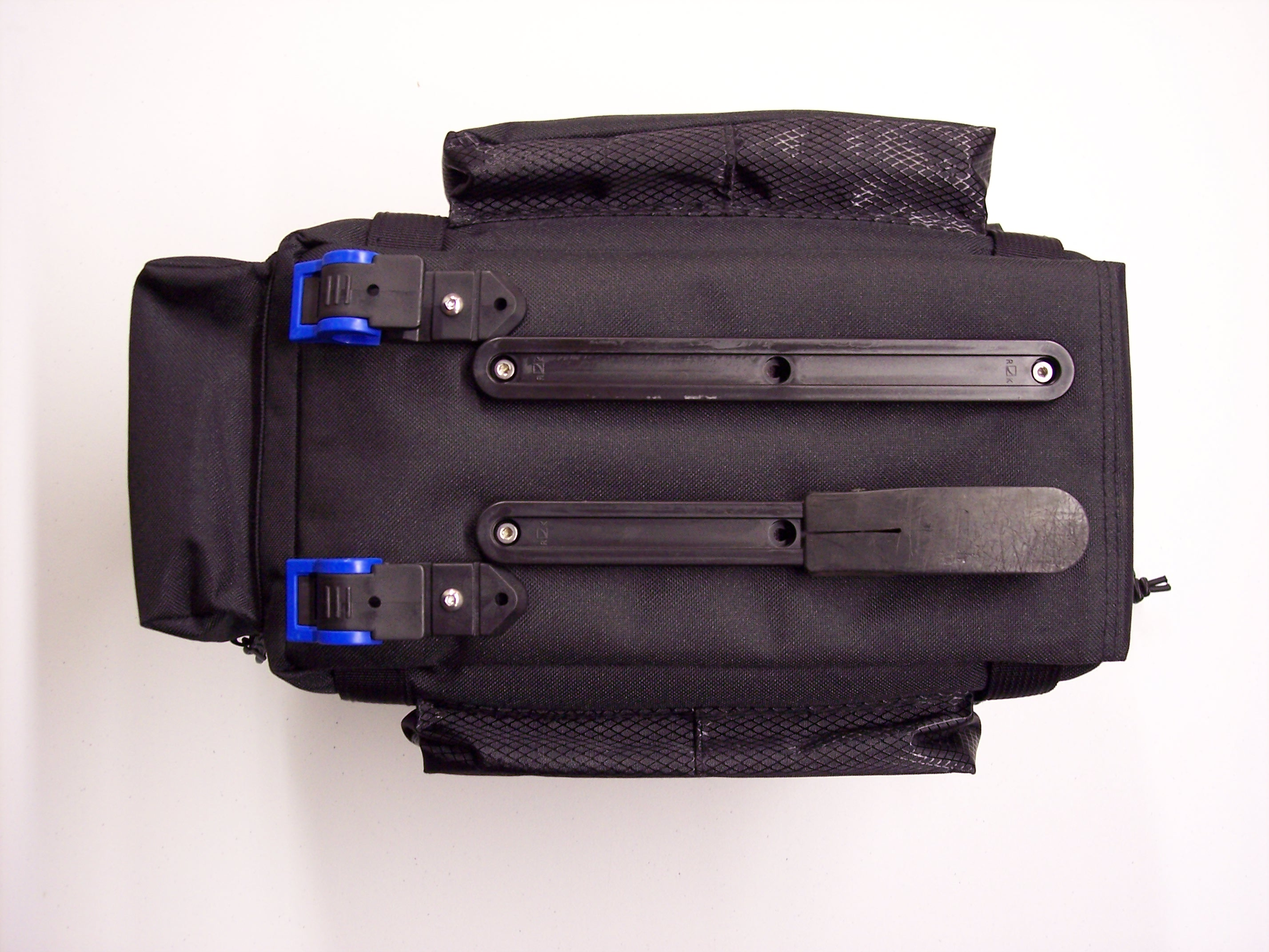 Two Wheel Gear - DIY Front Trunk Bag - Rixen & Kaul TWIST