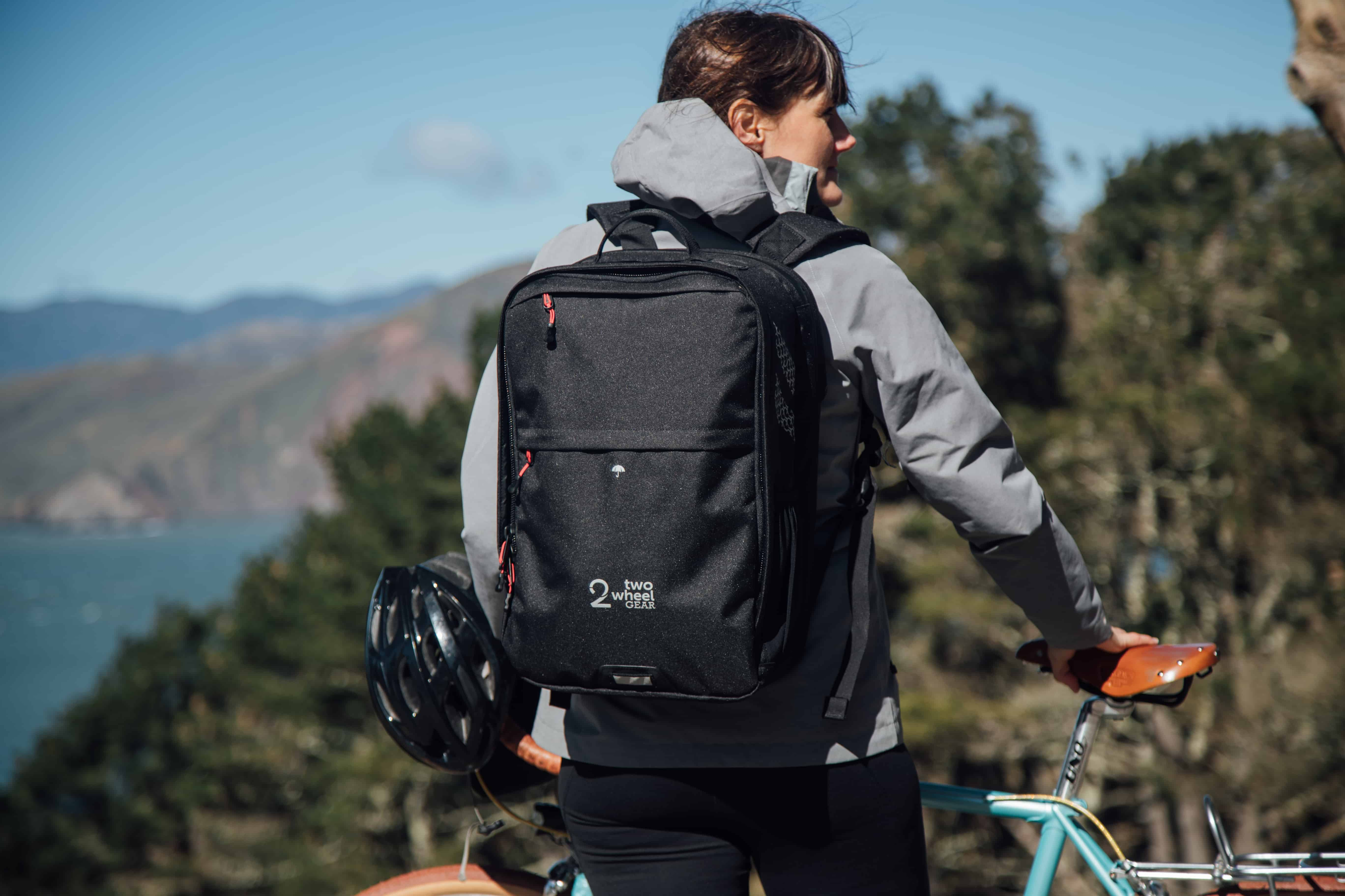 Two Wheel Gear - Pannier Backpack PLUS+ on female commuter