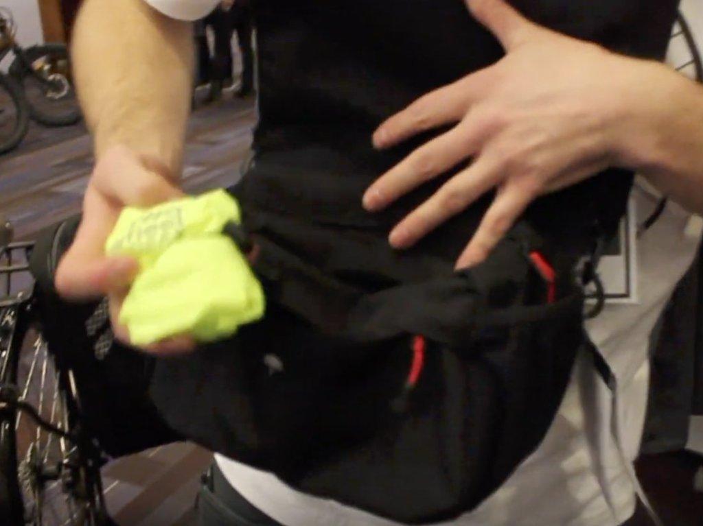 Two Wheel Gear - Mini Messenger Handlebar Bag - Rain Cover