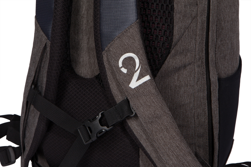 Two Wheel Gear - Commute Backpack - Strap Detail